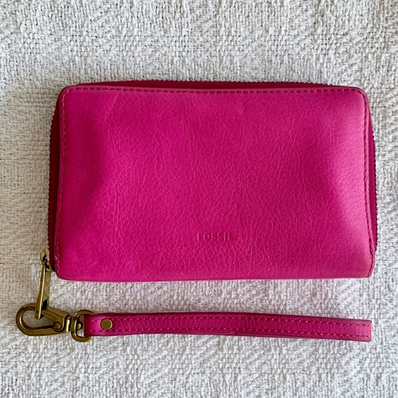 FOSSIL Hot Pink Pebbled Leather Clutch Wallet